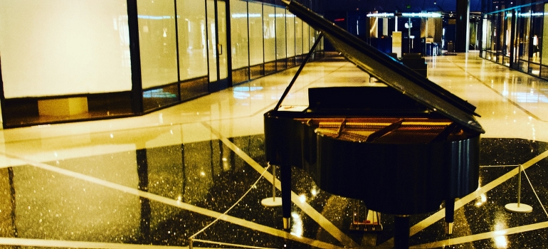 A piano in a mall