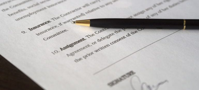 signing a moving contract